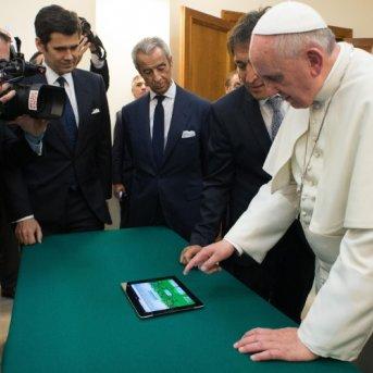 Papa_Tablet_1