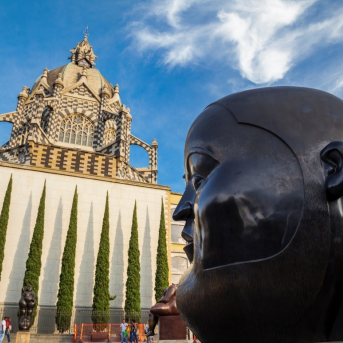 Medellín se prepara para la visita del Papa Francisco